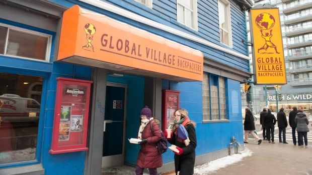 Global Village Backpackers, the largest hostel in downtown Toronto, announced its closure on the weekend, marking an end to its 17-year stay on the northwest corner of King Street West and Spadina Avenue.