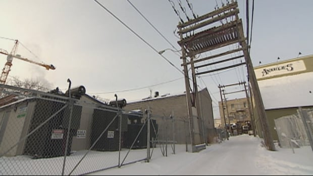Problems on January 5 knocked out the electricity from Saskatoon Light & Power's substation near Main Street and Broadway Avenue, leaving hundreds of residents in the dark. The outage lasted several hours, with the temperature including wind chill dipping below -40C.