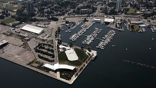 When fully developed, Hamilton's Pier 8 will generate about $7.5 million in taxes, city staff say.