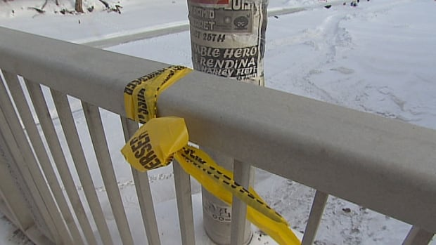 Winnipeg homicide police are investigating after an assault on the Osborne Street Bridge Friday night left one man dead.