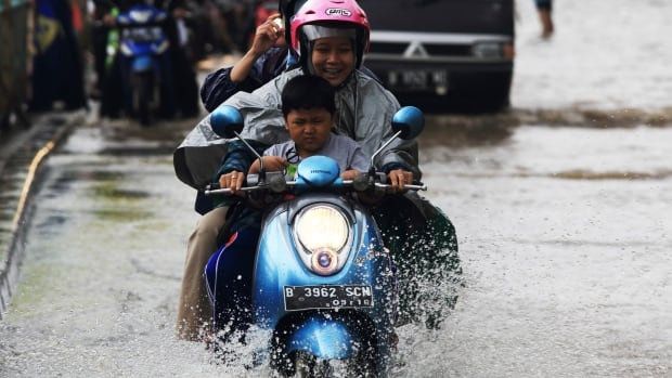 Torrential rains that have continued in Jakarta, Indonesia in late January widened the number of flooded areas. Seasonal rains and high tides in recent days have caused dozens of landslides and widespread flooding across much of the country.