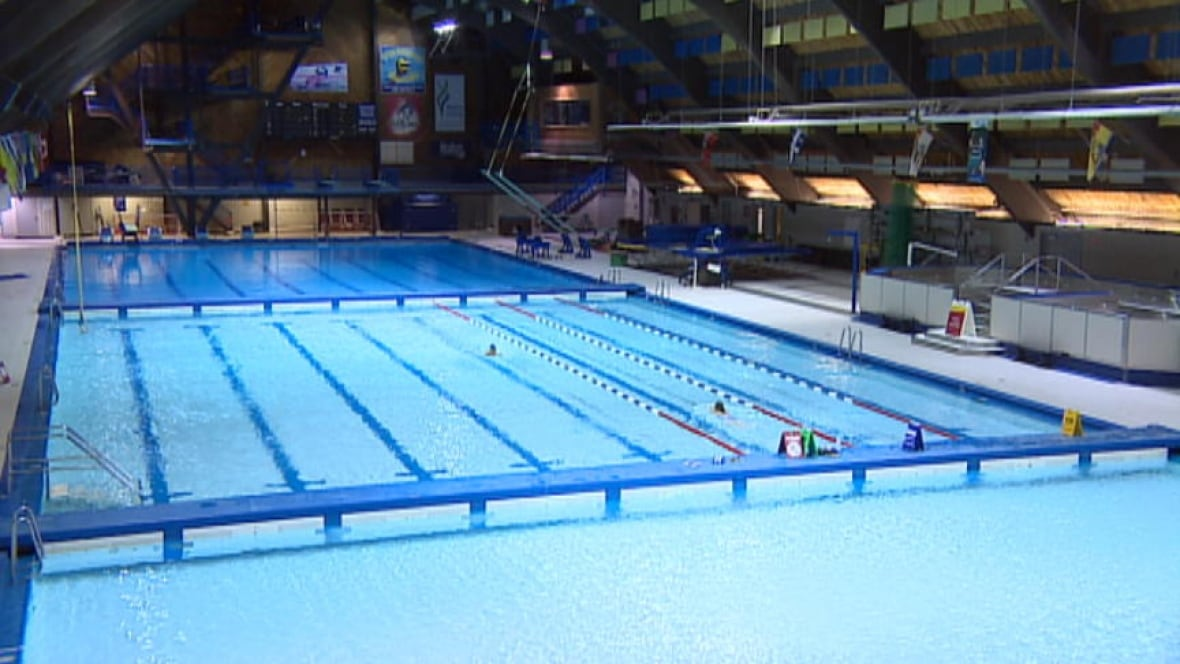Regina residents can register for fall leisure programs today saskatchewan cbc news for Waterloo rec centre swimming pool