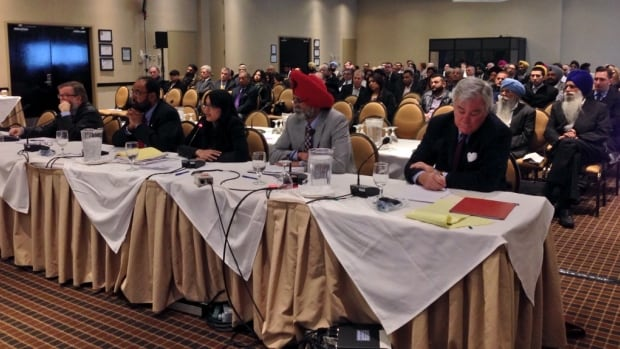 Hundreds pack a CRTC panel hearing Thursday night in Surrey. Local broadcasters are competing  for new FM and AM frequencies and the promise of lucrative advertising dollars.