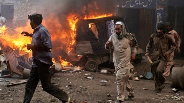 A mob of hundreds of people in the eastern Pakistani city of Lahore attacked a Christian neighbourhood on March 9, 2013, and set fire to homes after hearing accusations that a Christian man had committed blasphemy against Islam's prophet.