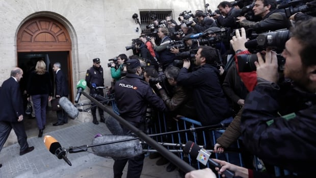 Spain's Princess Cristina enters the courthouse in Palma de Mallorca, Spain, on Saturday, Feb. 8, 2014.