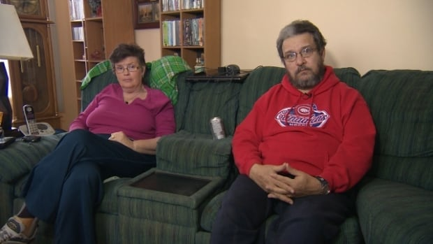 Kim and David Lague say they paid a moving company more than $5,000, but their belongings never showed up.