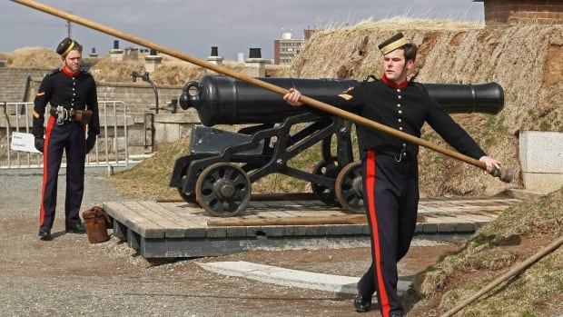 Members of the 78th Highlanders prepare to fire the noon gun on Citadel Hill in Halifax in 2006. Parks Canada's crumbling forts, historical houses and other heritage structures are in much poorer shape than the agency estimates.