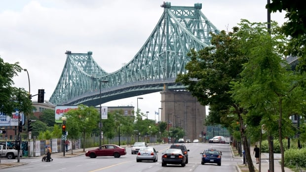 A $127-million contract was awarded to SNC-Lavalin in 2000 to refurbish Montreal's Jacques Cartier Bridge.