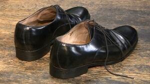 Mike de Jong shoes
