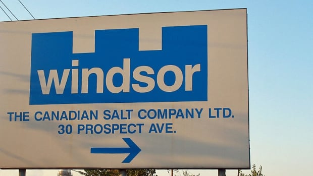 A tentative agreement has been reached between Windsor Salt and its unionized employees.