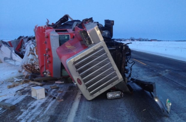 Crash near Balcarres, Sask. skpic