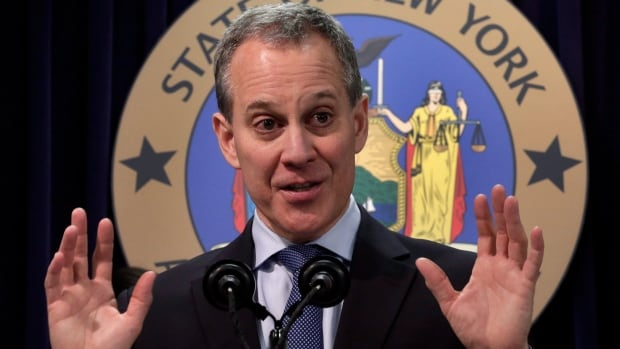 New York State Attorney General Eric Schneiderman wants to level the playing field for all investors by eliminating privileged access to analysts' views or business news.