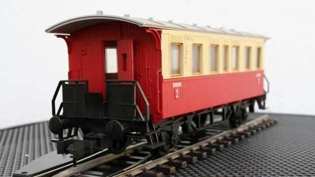 Train model. Miniature model of a train.; Shutterstock ID 84095947; Cost Ctr: M71071199900; Dept: CBC.ca; Email: andrea.bellemare@cbc.ca; Project: andrea's five fun things