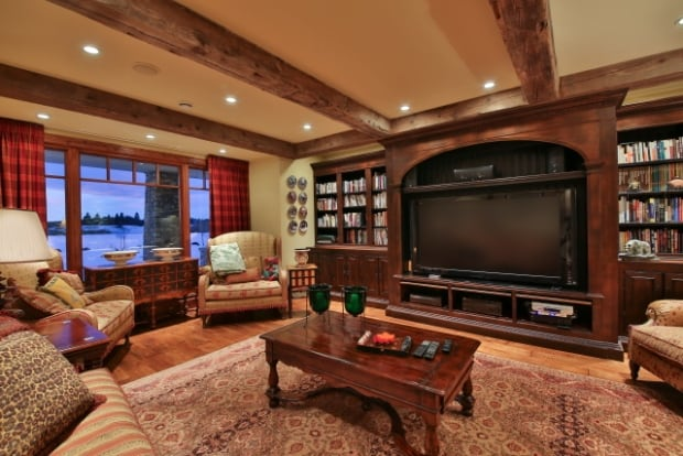 Priddis tv room