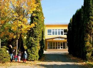 Šarišské Michaľany school