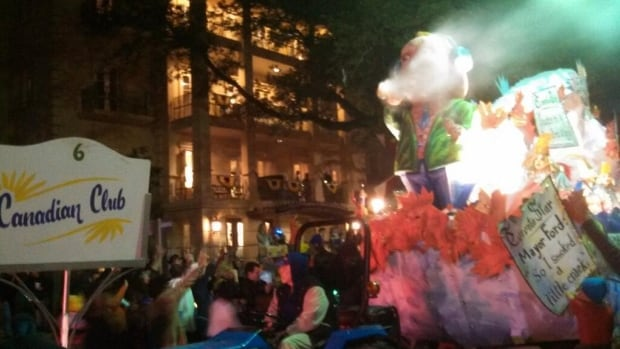 A float spoofing Toronto Mayor Rob Ford and a crack pipe was featured in a Mardi Gras parade float.