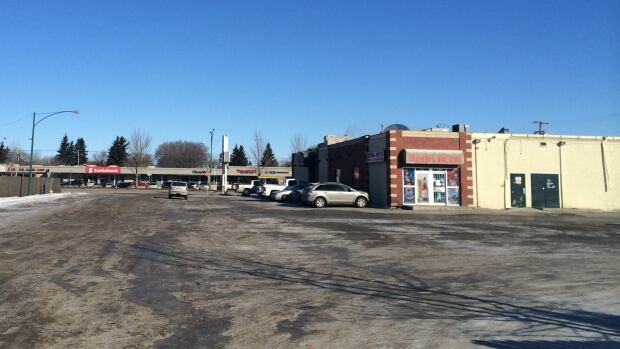 Police are investigating a homicide outside of the Beer and Wine Store connected to Bridges Ale House and Eatery.