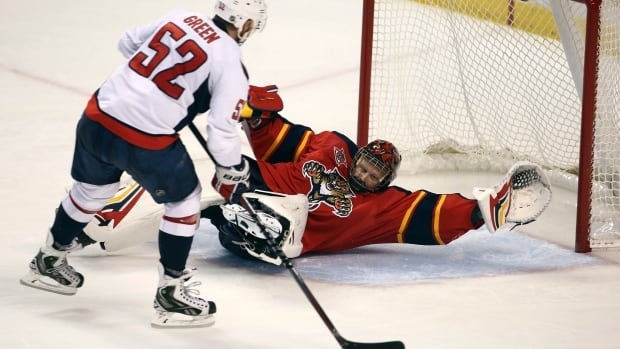 Florida Panthers goalie Tim Thomas sprawled for a highlight reel save last week against Washington.