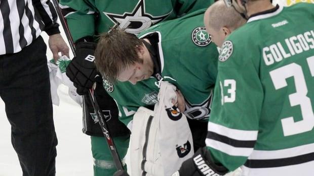 Dallas Stars goalie Kari Lehtonen was injured on Saturday night against the Minnesota WIld.