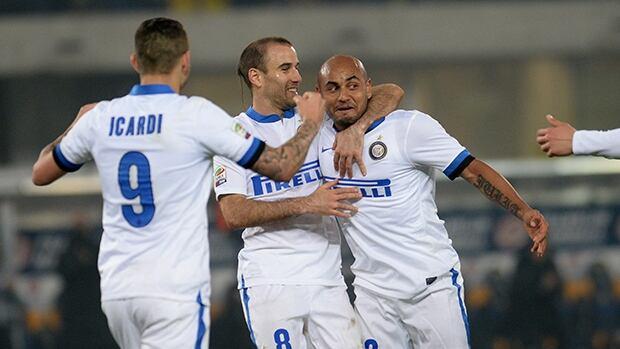 Cicero Moreira Jonathan, right, of Inter celebrates after scoring against Hellas Verona at Stadio Marc'Antonio Bentegodi on March 15, 2014 in Verona, Italy.