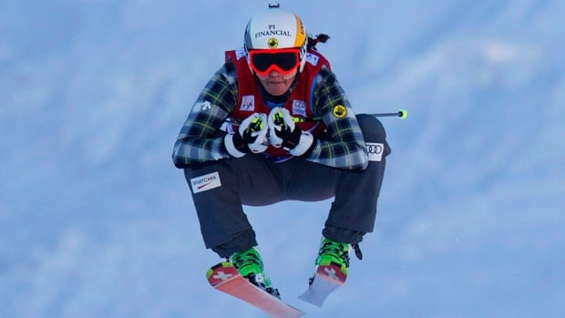 Canada's Marielle Thompson finished fourth in Sunday's World Cup ski cross event.