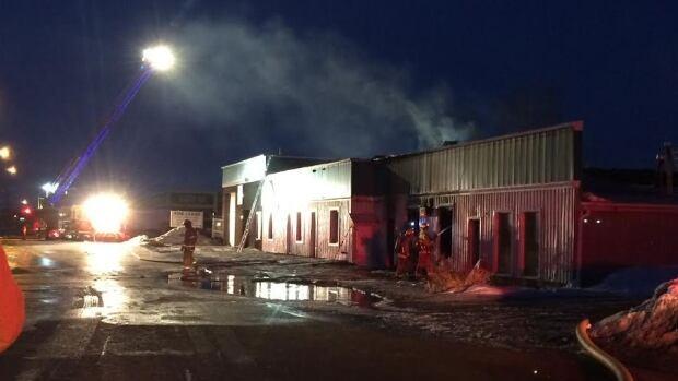 Fire department at scene of Regina fire skpic