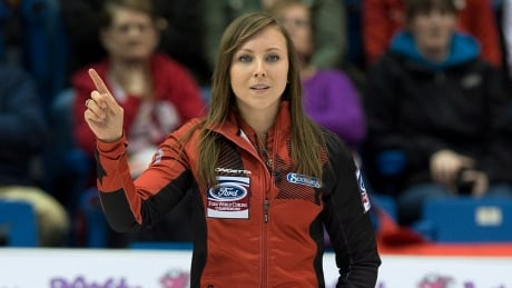 Rachel Homan to play for world curling gold