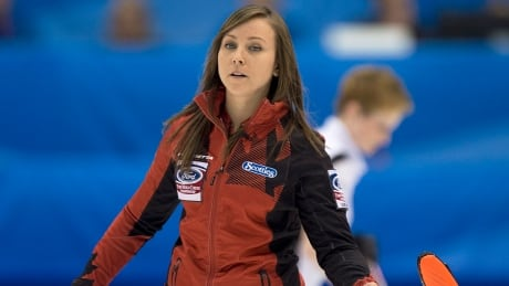 Canada's Rachel Homan wins silver at curling worlds
