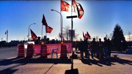 Port Metro Vancouver strike: back-to-work legislation introduced
