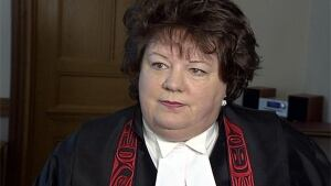B.C. MLA Linda Reid apologizes for expense scandal