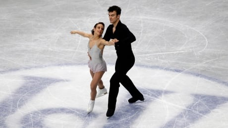 Canada's Duhamel, Radford 2nd after pairs short at worlds