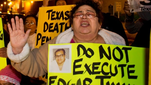 People protest outside the prison where Edgar Tamayo was executed in Texas in January. The execution of Tamayo, 46, who was convicted of fatally shooting a Houston police officer in 1994, proceeded despite pleas and diplomatic pressure from the Mexican government and the U.S. State Department to halt the punishment.