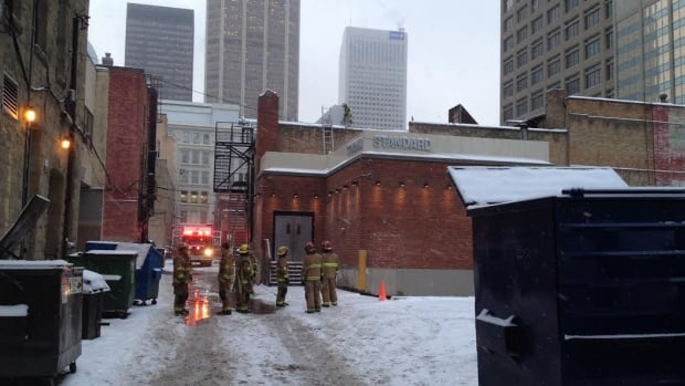 Fire crews shut down Seventh Avenue early Thursday morning while they responded to a fire at a building between Centre Street and First Street southwest.