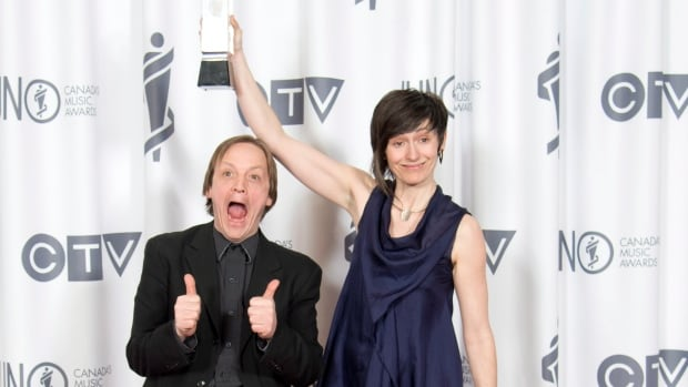 Mike Rud and Sienna Dahlen celebrate their Juno win for Vocal Jazz Album of the Year during the Juno Gala in Winnipeg on Saturday.