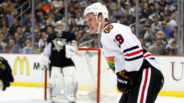 Chicago Blackhawks captain Jonathan Toews was injured against the Pittsburgh Penguins on Sunday.