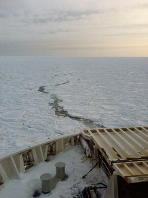 Marine Atlantic ferries stuck on ice