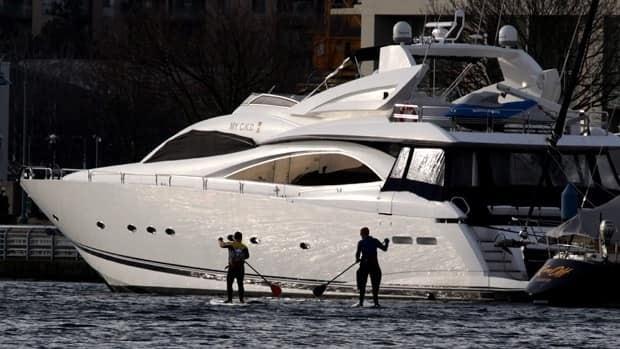 The rich get richer, again