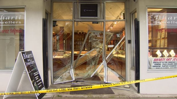 A group of masked men rammed a truck into the glass storefront of Bharti Art Jewellers in Vancouver, before making off with an unspecified amount of jewelry Thursday.