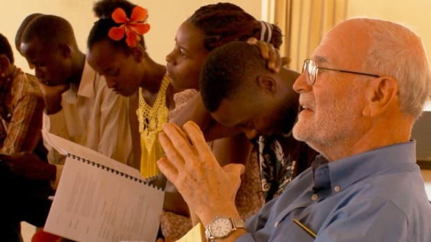 This scene from the documentary Kigali/Verona shows professor Andrew Garrod with members of the Romeo and Juliet cast in rehearsal in summer 2013.