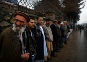 AFGHANISTAN-ELECTION-LONG-LINGS
