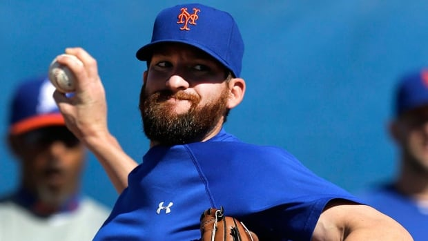 Mets closer Bobby Parnell, who posted a 2.16 earned-run average and 22 saves in 26 chances last season, is set to undergo Tommy John surgery to repair a partially torn elbow ligament.