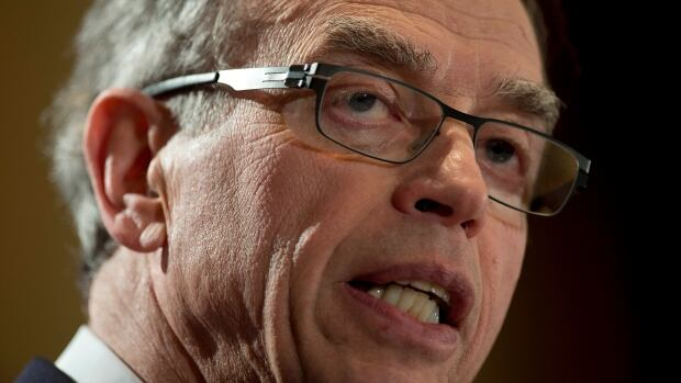 Federal Finance Minister Joe Oliver argues that fracking has been going on in several provinces for decades without any contamination of drinking water.
