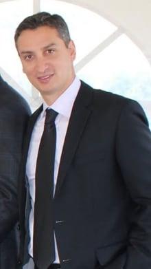 Dr. Nach Daniel