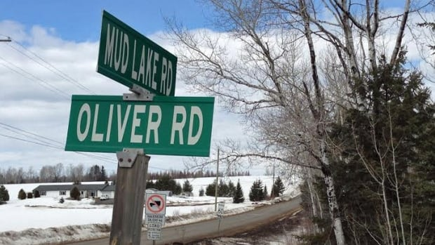 A Tbaytel spokesperson says Mud Lake Road is one of a few rural areas with gaps in high-speed coverage.