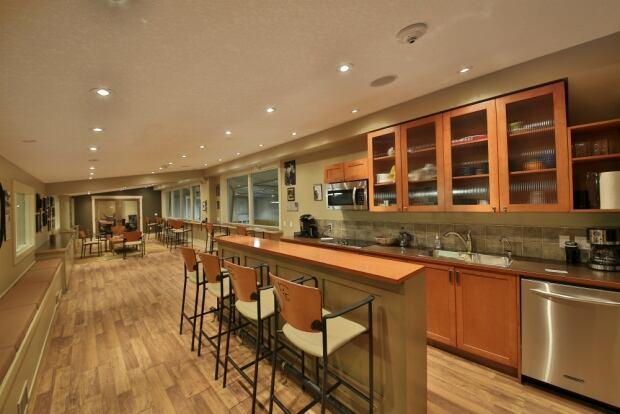 Kitchen barn