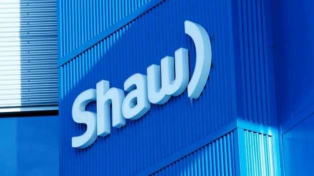 Shaw Communications says it plans to lay off 400 employees as it consolidates its operations.