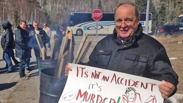 Brad Beemer worked in the Elliot Lake mines until they closed in the 1990s. He took part in a mock picket line put on by the United Steelworkers union on Wednesday.