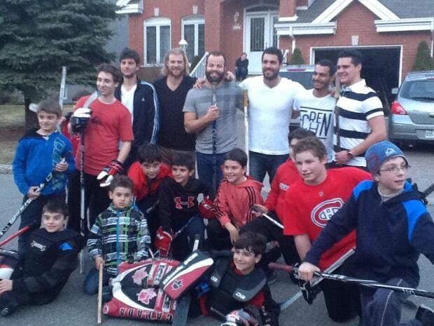 Lightning street hockey