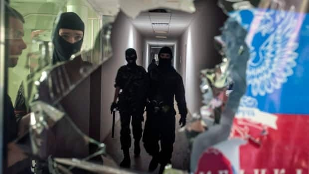 Observers detained in eastern Ukraine