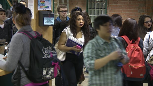 Centre High School students are being trained to watch for signs of mental health issues in their peers.